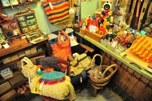 繭裹子店內一角/截自台北市東門永康商圈發展協會