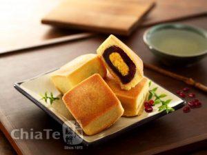 佳德豆沙蛋黃餅